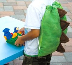 A perfect gift idea for this coming Holiday! Here's the free sewing tutorial on how to make a dinosaur bag. Every child will surely love this.