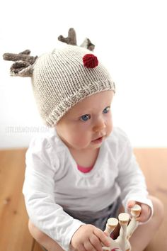 The Tiny Reindeer Hat Knitting Pattern is an absolutely adorable free knitting pattern for babies. This knit hat is complete with a set of antlers and a tiny red nose. Baby Knitting Patterns, Christmas Knitting Patterns, Free Knitting, Holiday Hats, Christmas Hats, Reindeer Christmas, Christmas Carol, Reindeer Hat, Double Pointed Knitting Needles