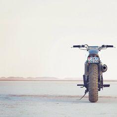 caferacer212: Sublime #caferacer #scrambler #cafelife #motolife #bikelife #cafeporn #motoporn #bikeporn #moto #motorcycle #bike #cc #caferacersofinstagram #motorcyclesofinstagram