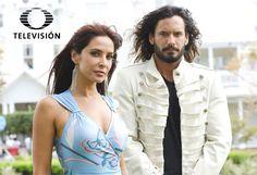 Te presentamos a los personajes de la telenovela El cuerpo del deseo, protagonizada por Mario Cimarro y Lorena Rojas