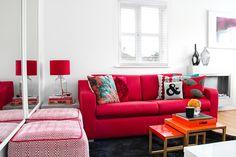 Tons de vermelho na decoração. Veja onde encontrar algumas peças e como decorar.