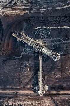 riesige Kohlebergwerk Захватывающие фотографии огромной угольной шахты. Изображение №13.
