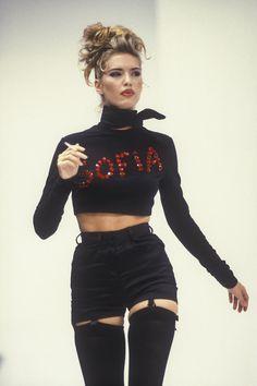 Judit Masco, Dolce and Gabbana 1992 90s Fashion, Couture Fashion, Runway Fashion, High Fashion, Fashion Show, Vintage Fashion, Fashion Looks, Fashion Outfits, Womens Fashion
