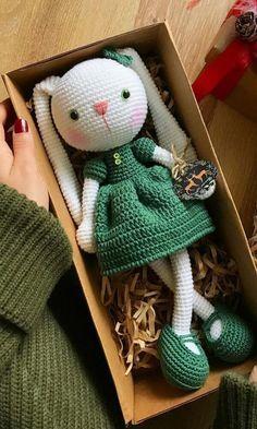Crochet Bunny Pattern, Crochet Patterns Amigurumi, Amigurumi Doll, Crochet Dolls, Crochet Baby, Crochet Beanie, Knitted Dolls, Crochet Crafts, Crochet Projects