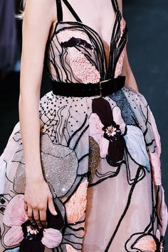 Details at Elie Saab Fall 2016 Haute Couture posted by fatalscroll