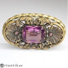 opulenta brosa Art Nouveau - cca 1900 - Marea Britanie Diamond Jewelry, Gold Jewelry, Art Nouveau, Online Galerie, Exotic Art, Tribal Jewelry, Tribal Art, African Art, Vintage Antiques