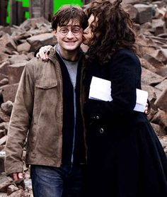 Bellatrix kissing Harry:
