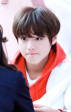 I miss you ╥﹏╥ © owner Cute Asian Guys, Cute Korean Boys, Boys Like, Cute Boys, Park Jihoon Produce 101, K Pop, Pink Park, Rapper, Feeling Pictures