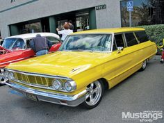 Sweet 64 Galaxie Country Squire Wagon. Wouldn't mind this paint job on my old gal