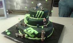 DC monster skateboard cake