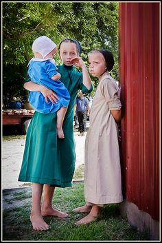 Amish auction this week near Sturgeon Missouri. Boys Wear, Women Wear, Apron, Pinafore Dress, Aprons