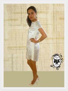 E aí, Manias de Sophia, o que acham deste Vestido Prata Maravilhoso? Ou preferem o Preto de Ontem?