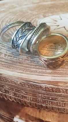 Nog een beetje zonneschijn op deze typisch Nederlandse dag met deze schitterende aanschuif ringen van Vinx Hollands Glorie !  #Amsterdam #ambachtelijk #goudsmid #sieraden #Dutch #weather #design #jewelry #sieraden #goud #zilver