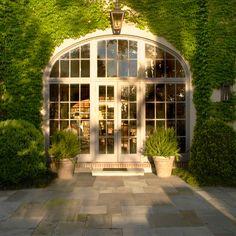 Hulsey Garden - window wall ivy, lanterns