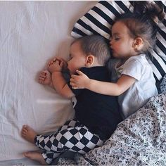 baby, cute, and kids image Cute Little Baby, Baby Kind, Little Babies, Cute Babies, The Babys, Cute Family, Baby Family, Family Goals, Family Life