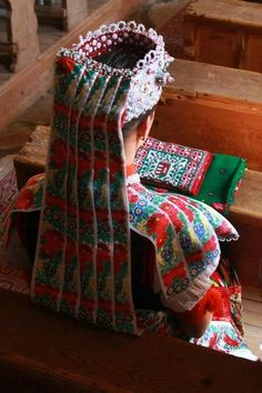 Head-dress of Kalotaszeg, Transsylvania, today Romania - Kalotaszeg (Hungarian)