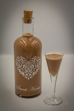 Cocktail Drinks, Cocktails, Polish Recipes, Smoothie Drinks, Sweet Desserts, Coffee Bottle, Hot Sauce Bottles, Liquor, Drinking