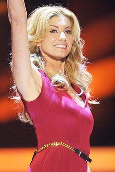 Country Music's Blonde Bombshells: Faith Hill