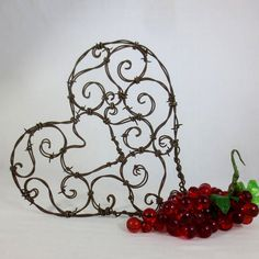 Beautiful 12 Spirillian Barbed Wire Heart of by thedustyraven, $45.00