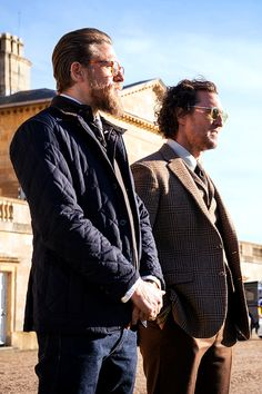 Discover recipes, home ideas, style inspiration and other ideas to try. Gentleman Movie, Gentleman Style, Dazed And Confused Movie, Matthew Mcconaughey Family, Guy Ritchie, Celebrity Moms, Charlie Hunnam, Cultura Pop, Poster