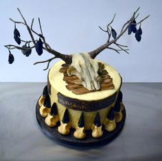 Conjurer's Kitchen Surprise birthday cake for one of the lovely actors from Vikings. Based on the skull wedding cake, but with a viking theme, and a skull with branches for antlers, decorated with crow feathers. All edible except antlers/branches. Viking Wedding, Cupcakes, Cake Makers, Fancy Cakes, Edible Art, Cake Creations, Culinary Arts, Creative Cakes, Cake Art