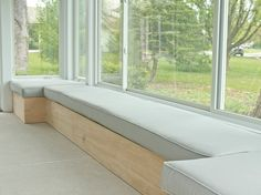 Window bench seat