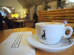 Lokaal   koffie   Raampoortstraat 34b (Hofbogen)