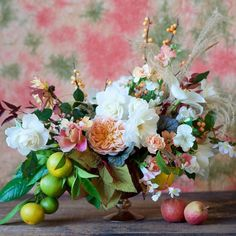 Join me on Saturday at @thearcherysf to make arrangements w/@tulipinadesign & watch her #floral arranging demo drink @campariamerica holiday #cocktails & watch @ashroseconway's demo for her bourbon egg nog! A portion of the proceeds benefit the @sfmfoodbank! It's from 11-2pm. Hope to see you there!  : @tulipinadesign