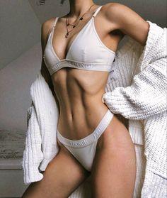 Skinny Inspiration, Fitness Inspiration Body, Body Motivation, Corps Parfait, Style Feminin, Aesthetic Body, Skinny Girls, Pretty Lingerie, Girl Body