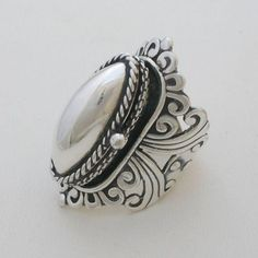 Taxco Mexican silver ring - geseell grant http://taxco-silver-jewelry.blogspot.com.au/2013/01/taxco-silver-poison-ring.html?m=1