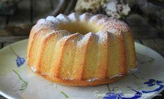 Un gâteau tout en douceur, une recette facile!    Ingrédients   3 citrons pressés   120ml de lait de coco   270gr de sucre roux   280gr...