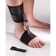 This soft ankle foot orthosis for foot drop is unique in that it features two interchangeable forefoot attachments, meaning that it can be used with either slip-on or laces shoes as well as when one is barefoot. This brace also works well for those with dorsiflexion injury, stroke patients or people dealing with leg muscle disorders.