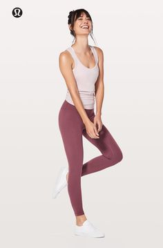 Yoga Clothes : Set yourself in motion. Yoga Clothes : Set yourself in motion. Yoga Outfits, Womens Workout Outfits, Sport Outfits, Cute Outfits, Fashion Models, Yoga Fashion, Fitness Fashion, Fashion Women, Fitness Clothing