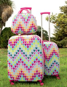 Best Carry On Luggage, Cute Luggage, Luggage Sets, Betsey Johnson Luggage, Funny Snapchat Stories, Dressing Room Design, Travel Things, Suitcases, Vestidos