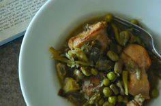 a true roman spring classic - Vignole - the tasty stew of broad beans, artichokes, asparagus, peas, mint and prosciutto - but here joined by tender rabbit - braised in the veggies - not a very colorful dish - but the flavor...mamma mia