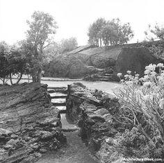 Jardines del Pedregal de San Ángel. Foto: Armando Salas Portugal, Barragan Foundation.