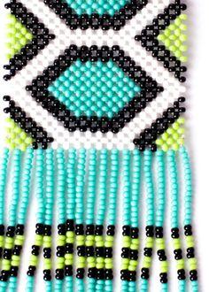 Brinco de Miçangas Kayapó E Commerce, Beard Jewelry, Right Angle Weave, Beading Tutorials, Boho Jewelry, Jewerly, Weaving, Beaded Bracelets, Earrings