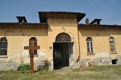 Eroii de la Râmnicul Sărat nu au nevoie de mise-en-scène Romania, Mansions, House Styles, Home, Staging, Manor Houses, Villas, Ad Home, Mansion