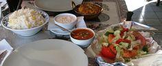 Rovaniemi ja intialainen ruoka: Rang Mahal Indian Restaurant vs New Bombay Rovaniemi - Ohituskaistalla