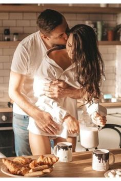 7 Reasons Why Morning Sex Is the Best Sex, Says Science – Love for loving