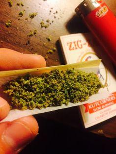 Cannabis, også kendt som marihuana blandt andre navne, er et psykoaktivt stof fra Cannabis plante til medicinsk eller rekreative anvendelse. Den vigtigste psykoaktive del af cannabis er tetrahydrocannabinol (THC); en af 483 kendte stoffer i anlægget, herunder mindst 65 andre cannabinoider. Cannabis kan bruges ved at ryge, fordampning, inden for fødevarer, eller som uddrag.