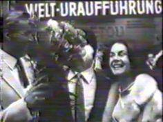 Pierre Brice und Lex Barker in Essen, Premiere von Winnetou 2