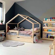 Lit Cabane CBT - Monlitcabane lit W; Baby Bedroom, Baby Boy Rooms, Baby Room Decor, Kids Bedroom, House Beds For Kids, Kid Beds, Toddler Beds For Boys, Kids Beds For Boys, Kids Room Design