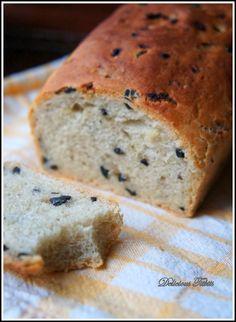 Delicious Titbits: Chleb z cebulką i oliwkami