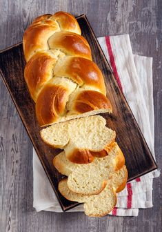 Challah Bread Recipes, Quick Bread Recipes, Baby Food Recipes, Gourmet Recipes, Fish Platter, Cooking Bread, Savoury Baking, Homemade Baby Foods, Jewish Recipes