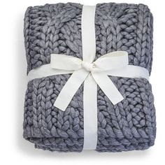 UGG® Oversized Knit Blanket - Grey (430 CHF) ❤ liked on Polyvore featuring home, bed & bath, bedding, blankets, grey, gray bedding, oversized blankets, grey blanket, oversized bedding and gray knit blanket