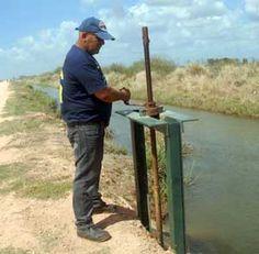 En los canales cada año se pierden dos mil 500 millones de metros cúbicos