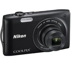 Die S3200 ist mit einem 6-fachen Weitwinkel-Zoom ausgestattet, um eine Brennweite von 26 bis 156 mm (entsprechend 35 mm) zu erreichen. So ist diese Nikon Kamera sowohl bei Weitwinkel-Aufnahmen wie im Telebereich sehr leistungsstark.