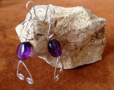 Silver wire earrings with amethyst. Wire Earrings, Belly Button Rings, Polymer Clay, Amethyst, Handmade Jewelry, Gems, Unique, Silver, Money