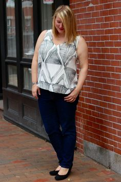 A lined, v-neck adaptation of the free Colette Patterns Sorbetto tank